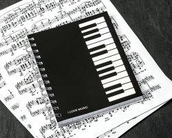 Master Notes s hudebním motivem kláves I LOVE MUSIC